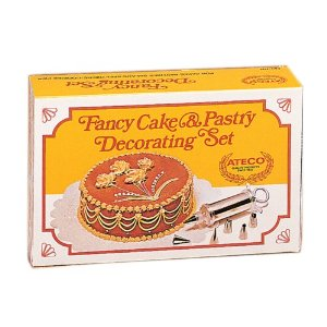 Ateco #701 Cake Decorating Set
